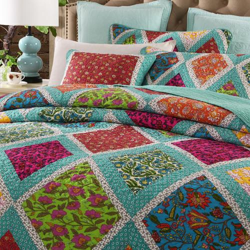 DaDa Bedding Fairy Forest Glade Floral 3 Piece Quilt Set