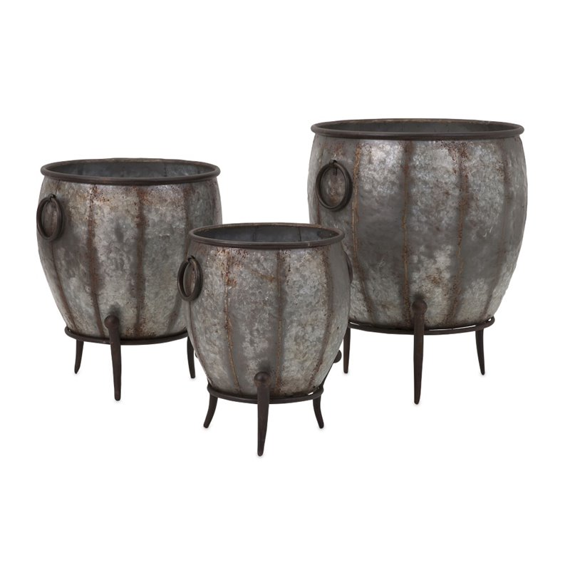 IMAX Corporation Mureilene 3 Piece Galvanized Planter Set in Gray by IMAX Corporation