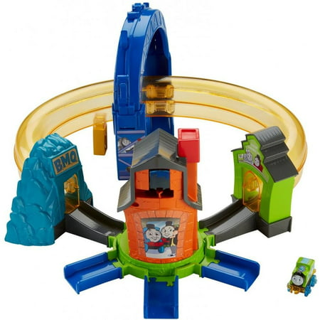 Thomas & Friends MINIS Boost 'n Blast Stunt Train (Landmark Wood Train Set)