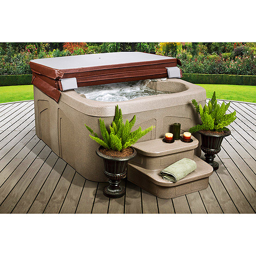 LifeSmart Getaway 4-Person Spa with Matching Spa Step