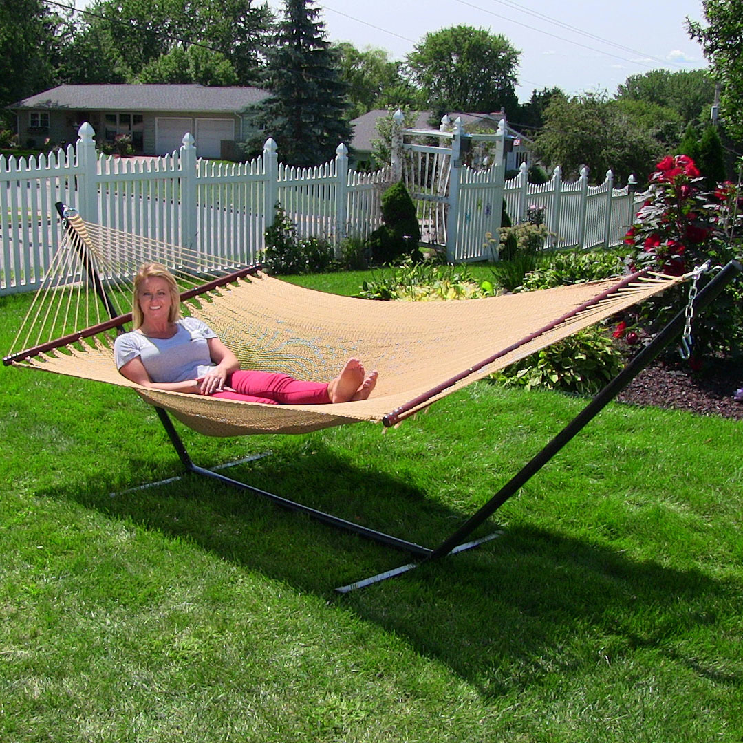 Sunnydaze Rope Hammock Large Two Person Soft-Spun Polyester with Spreader Bars, 600 Pound Capacity, Mocha
