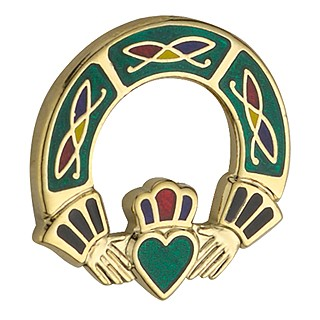 Solvar Gold Plated Claddagh Brooch Green by Solvar