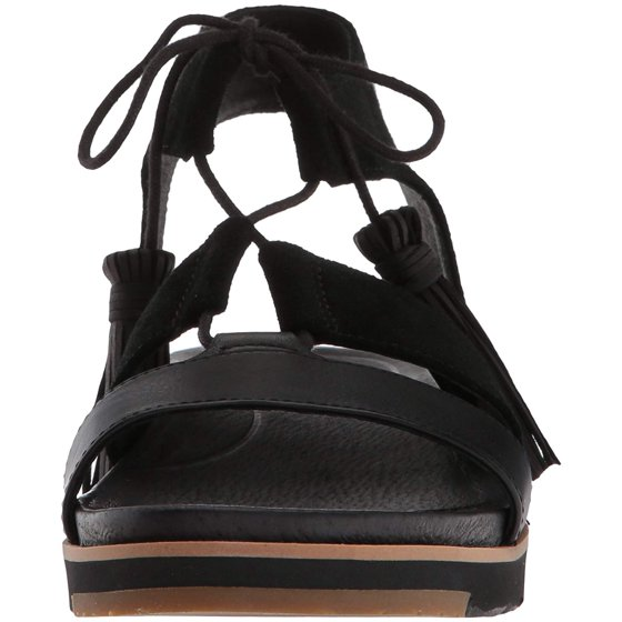 8b108f22e45 Ugg Women's Maryssa Flat Sandal, Black, Size 7.0