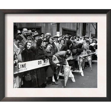 View of Crowd During Saint Patrick's Day Parade NYC Photo -... Framed Art Print Wall - Halloween Parade Nyc Photos