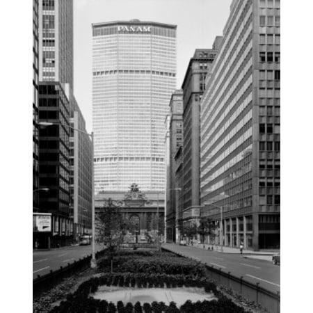 Usa New York City Manhattan Park Avenue Metlife Building Canvas Art     24 X 36