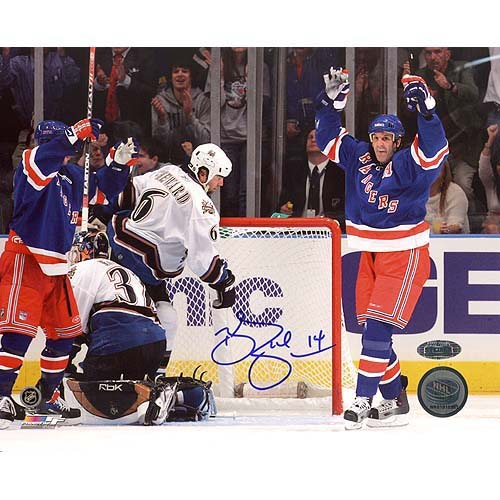 Steiner Sports NHL Brendan Shanahan Arms Raised Celebrates Career Goal Autographed