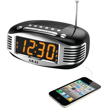 Akai CE1500 Retro-Style AM/FM Clock Radio with PLL Tuner