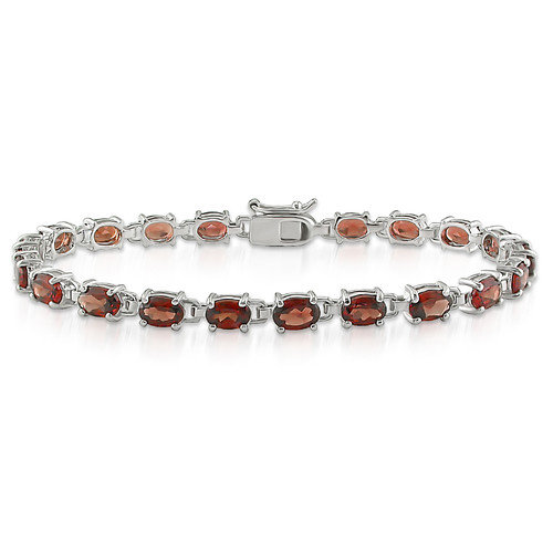 Amour Oval Cut Garnet Bracelet