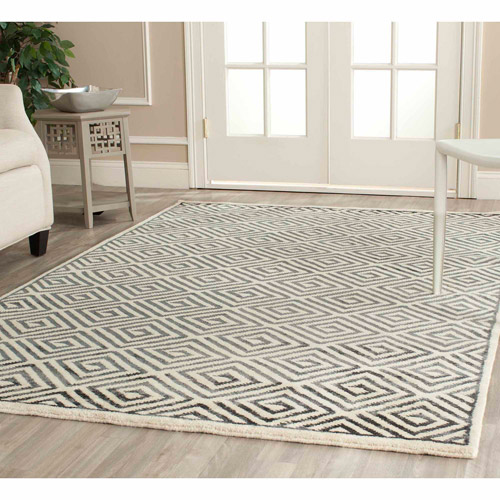 Safavieh Mosaic Emelly Hand-Knotted Area Rug, Ivory/Grey