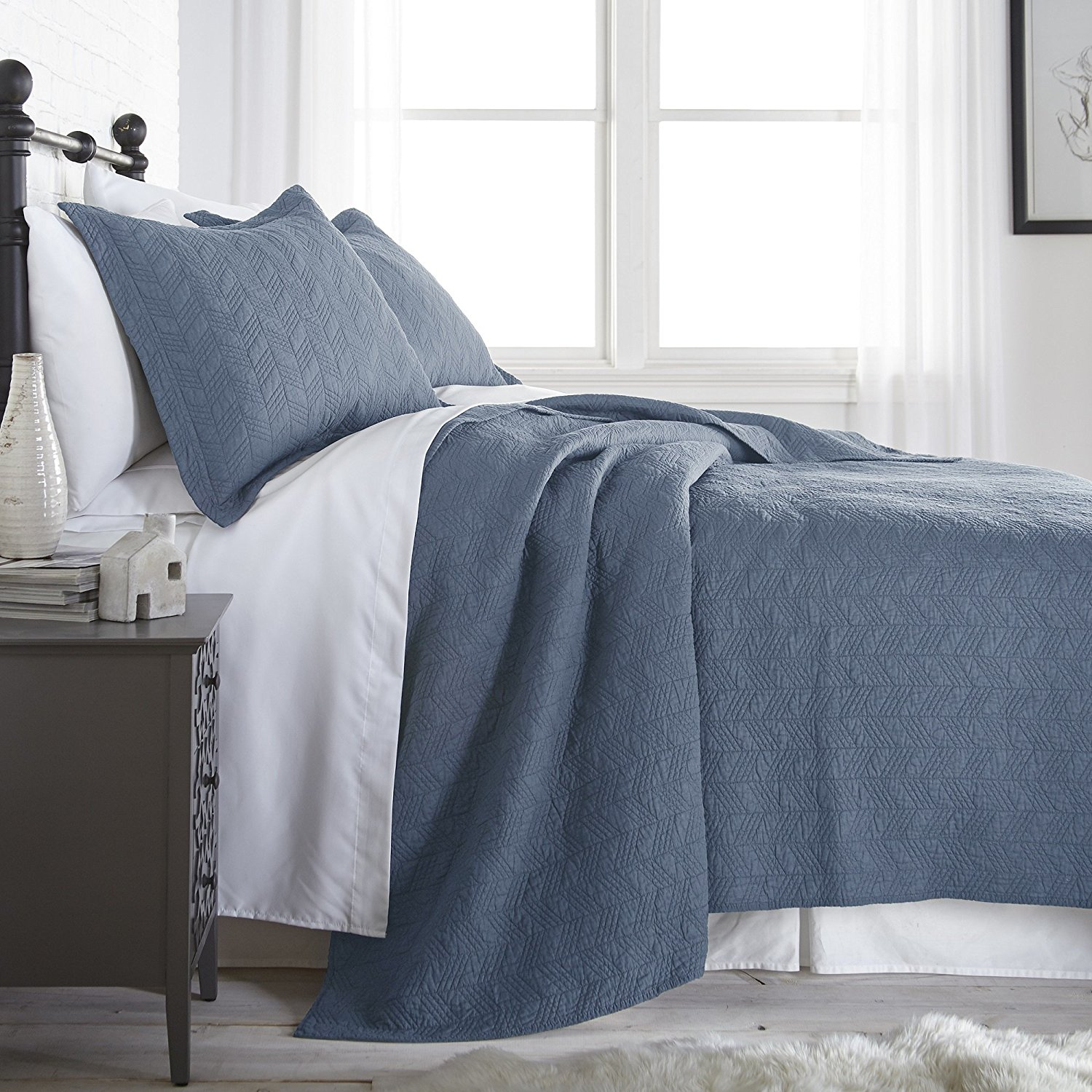 Chezmoi Collection Roswell 3-Piece Geometric Striped Vintage Washed Soft-Finished Reversible 100% Cotton Quilt Set