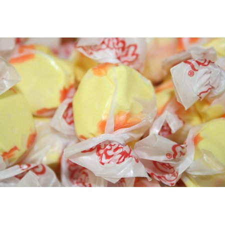 BAYSIDE CANDY SALT WATER TAFFY STRAWBERRY BANANA, 1LB](Salt Candy)
