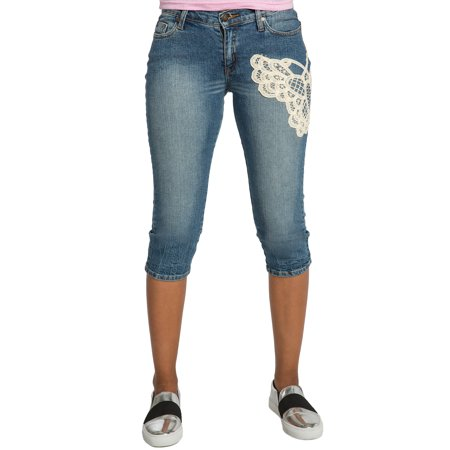 Sweet Vibes Junior Women Capri Jean Medium Blue Wash Stretch Denim Crochet Patch
