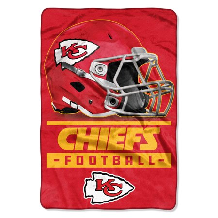 NFL Kansas City Chiefs Sideline Oversized Micro Raschel Throw 62