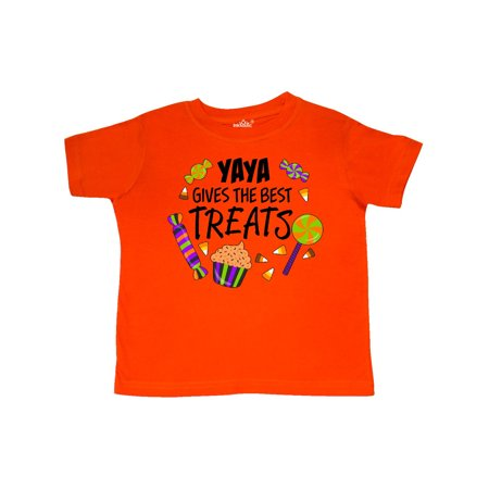 Yaya Gives the Best Treats- Halloween candy Toddler T-Shirt