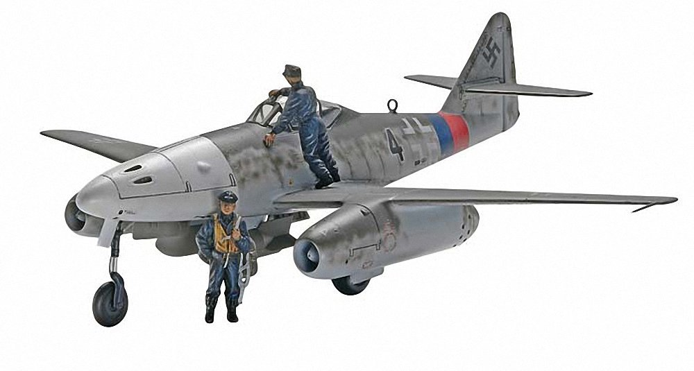 Messerschmitt Me 262 A-1a Plastic Model Kit, Molded in light gray and clear. By Revell by
