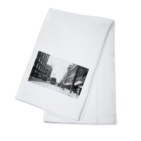 Seattle  Washington   Western View Of Pike Street From Third Ave  100  Cotton Kitchen Towel