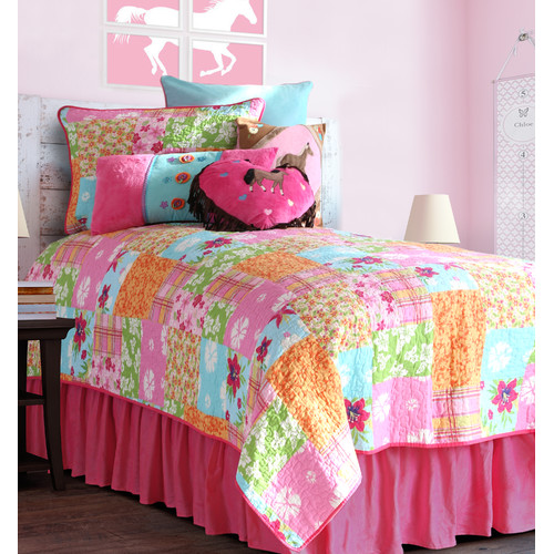 Carstens Inc. Cowgirl Quilt Bed Skirt