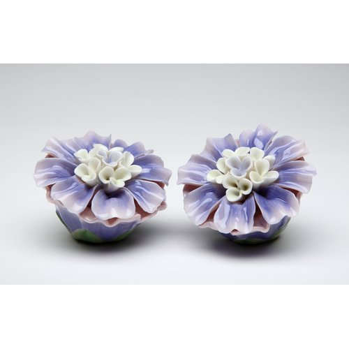 Cosmos Gifts Dahlia Salt and Pepper Set