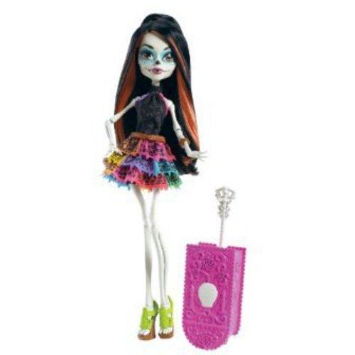 Monster High Scaris Skelita Calaveras Doll by Mattel