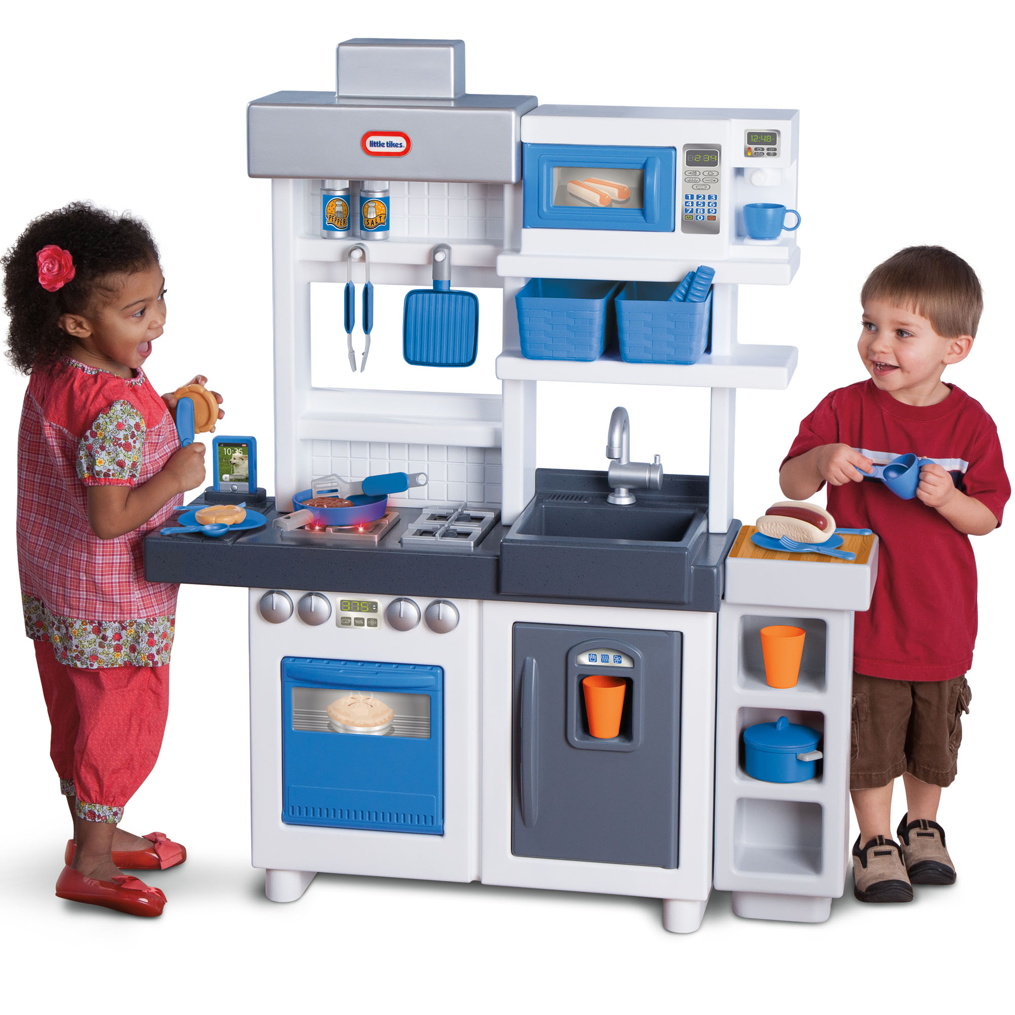 Little Tikes Ultimate Cook Play Kitchen with 30 Piece ...