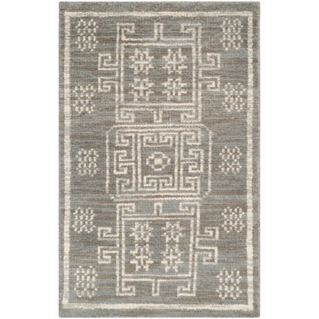 - Safavieh Kenya Weldon Hand-Knotted Wool Area Rug or Runner, Grey