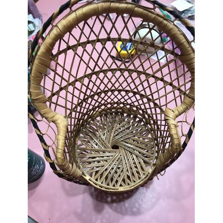 VINTAGE Wicker SMALLER SIZE WICKER / RATTAN PEACOCK CHAIR GREYHOUND SHIP N 24h ()