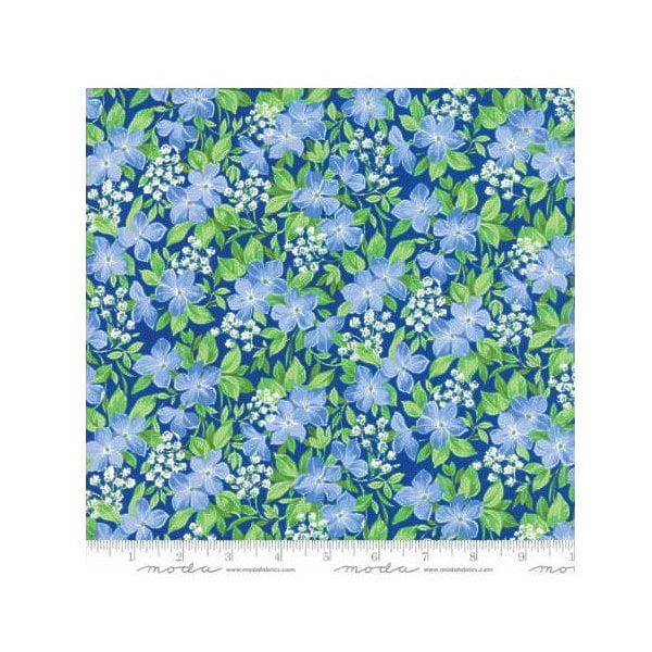 Summer Breeze V~Vinca Dark Blue Medium Blue - Moda Cotton Fabric