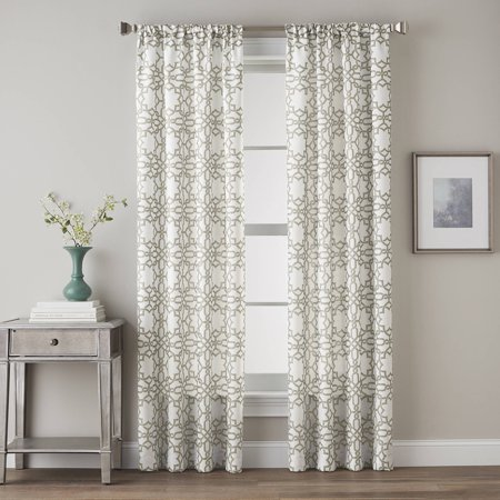 Lotus Harmony Poletop Lattice Print Panel
