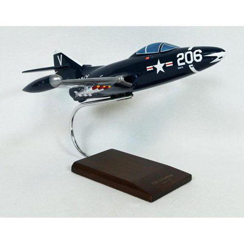 Daron Worldwide Grumman F9F-5 Panther Model Airplane