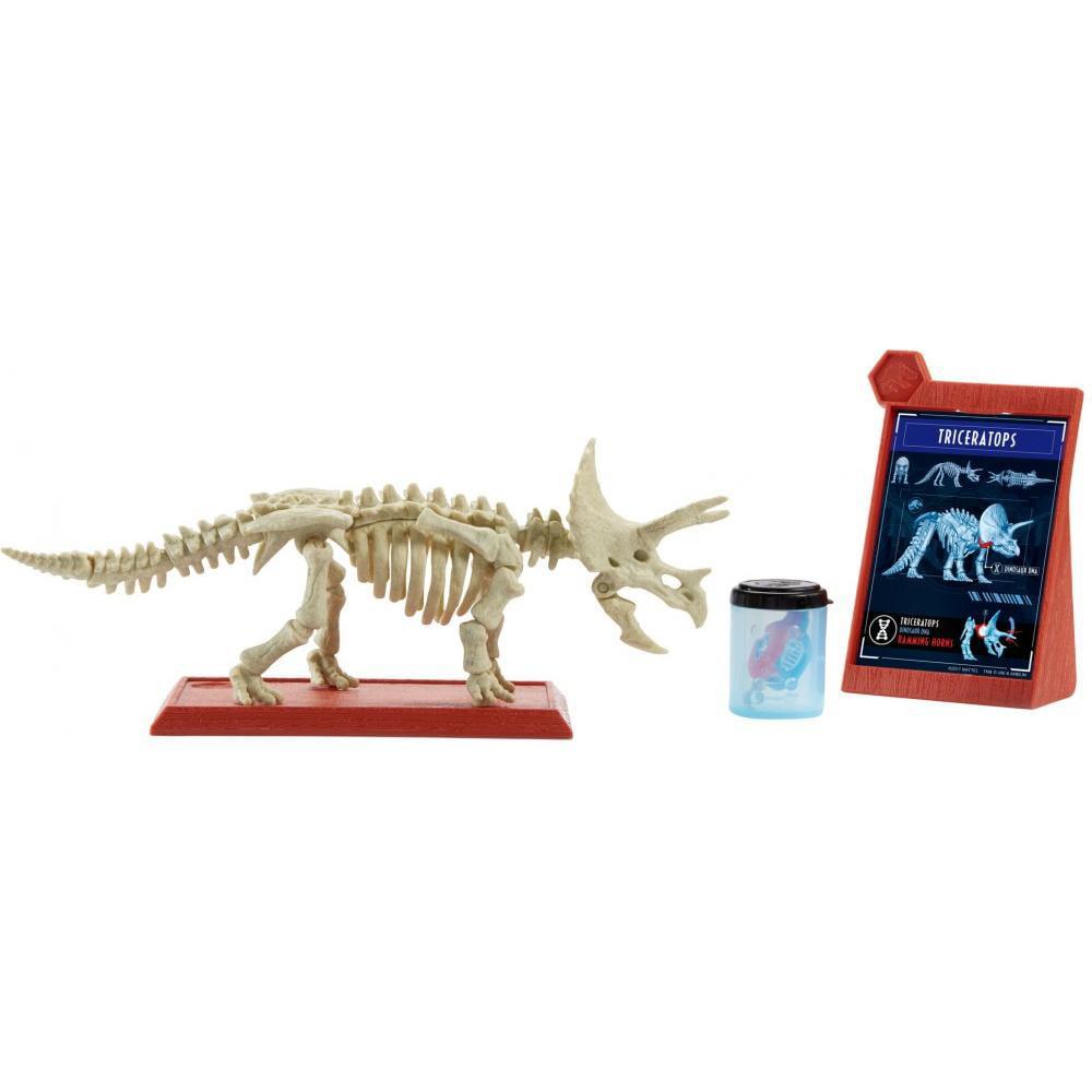 Jurassic World STEM Fossil Strikers Triceratops