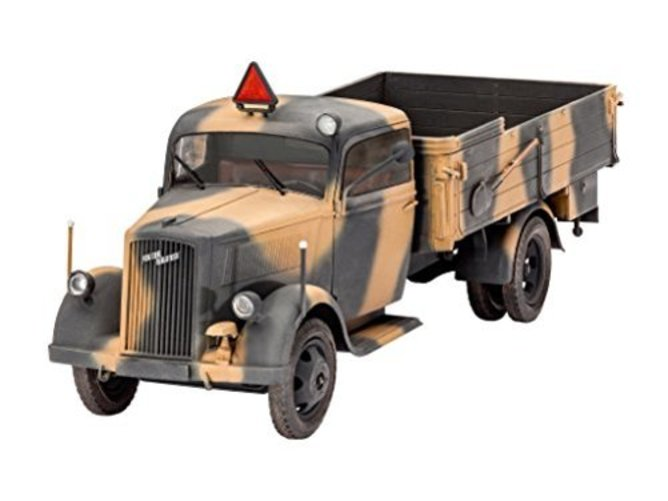 Revell 03250 German Truck Typ 2.5 -32 (1:35 Scale) by Revell