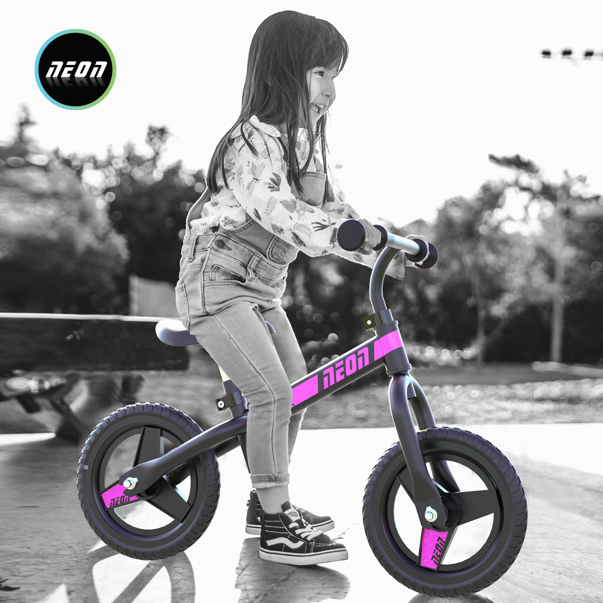 "Neonvybe Neon 12/"" Balance Bike Kids Child No-Pedal Learn 2 Ride Girls Black Pink"