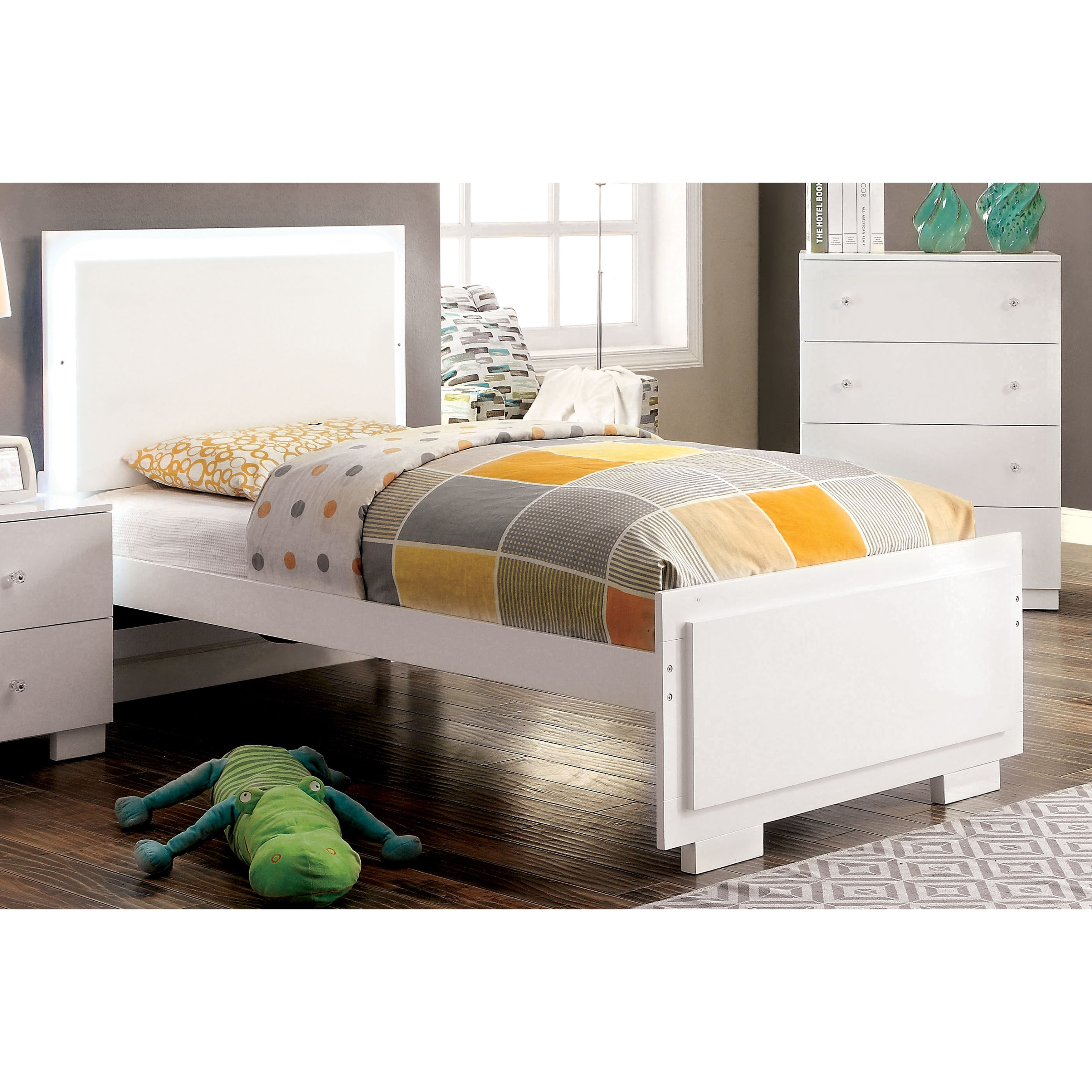 Furniture of America  Isobelle Modern White Platform Bed with LED Trim