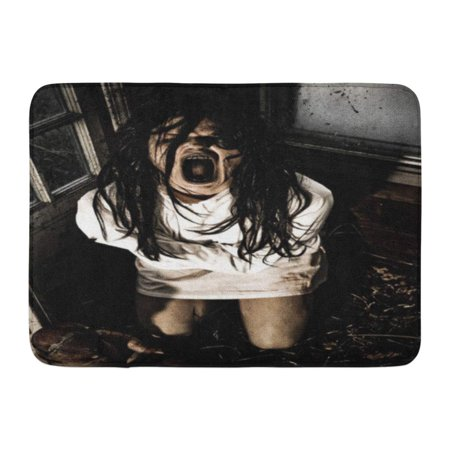 GODPOK Girl Scary Horror Scene of Woman Possessed Wearing Straight Jacket Screaming Mouth Zombie Rug Doormat Bath Mat 23.6x15.7 inch - Screaming Doormat