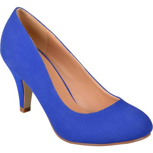 Brinley Co. Women's Round Toe Solid Color Pumps