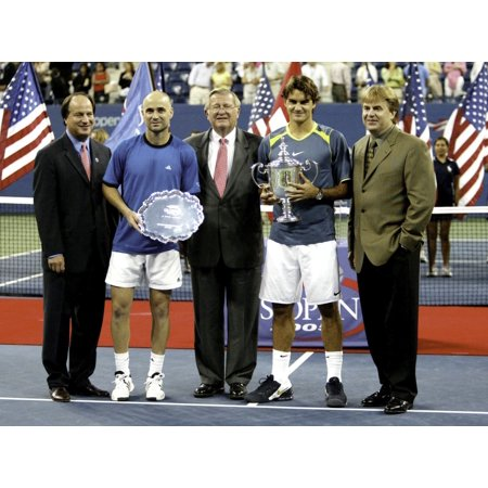 Andre Agassi and Roger Federer at the US Open Photo (Federer Photo)