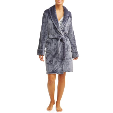Walmart: Prologue by Mosaic Bath & Spa Women's Velvet Robe Only $12