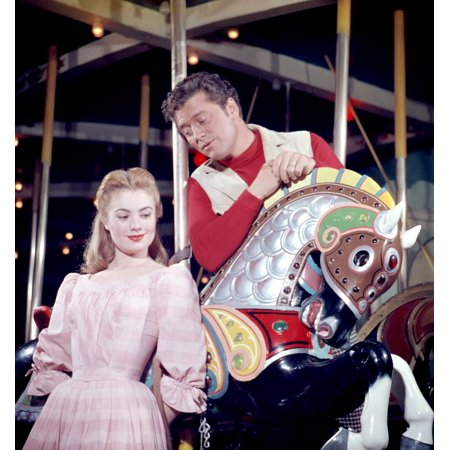 Herend Reserve Collection (Carousel Shirley Jones Gordon Macrae 1956 Tm And Copyright 20Th Century Fox Film Corp All Rights Reserved Courtesy Everett Collection Photo)