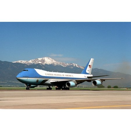 nouvelle arrivee 793ae 11f93 LAMINATED POSTER Ground Air Force One President Plane Airplane Usa Poster  Print 24 x 36