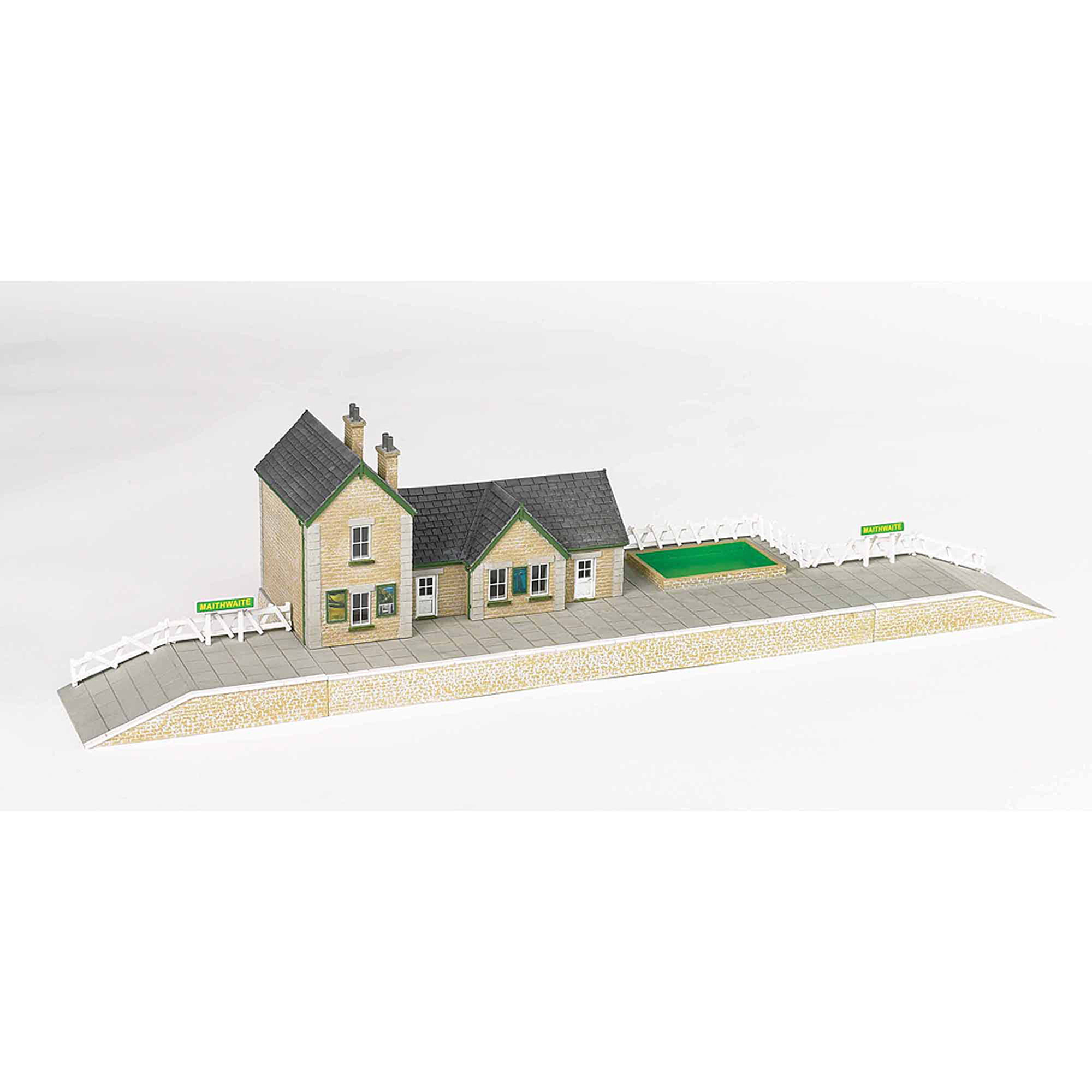 Bachmann Trains Thomas and Friends Maithwaite Station Resin Building Scenery Item, HO... by Bachmann Trains