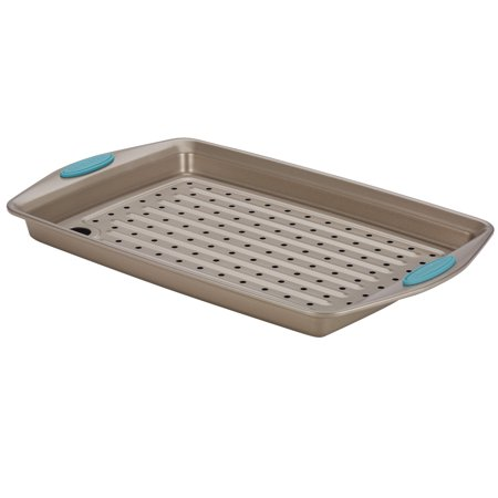 Rachael Ray Cucina Nonstick Bakeware 2-Piece Crisper Pan Set, Latte Brown with Agave Blue Handle