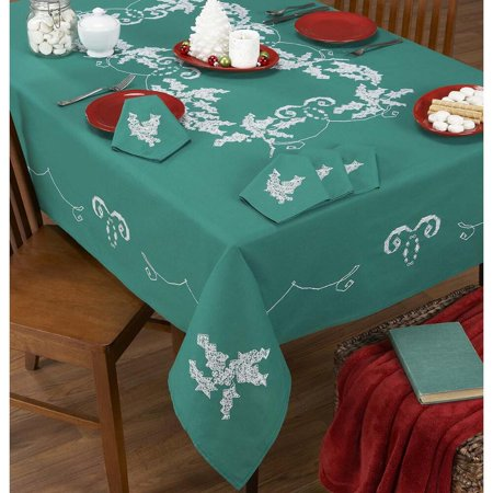 Stitch Art Elegant Holly Tablecloths Stamped Cross-Stitch