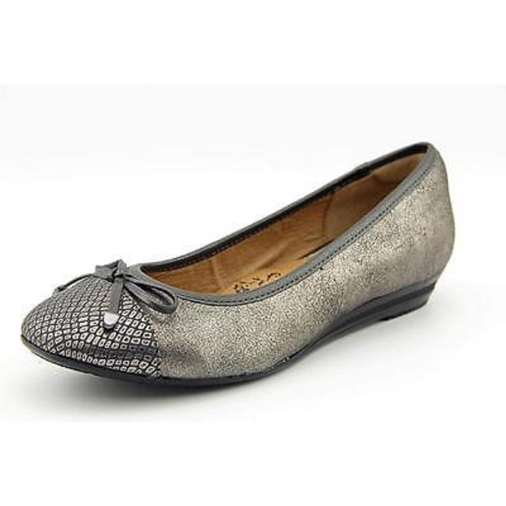 Sofft Selima Round Toe Leather Flats by Sofft