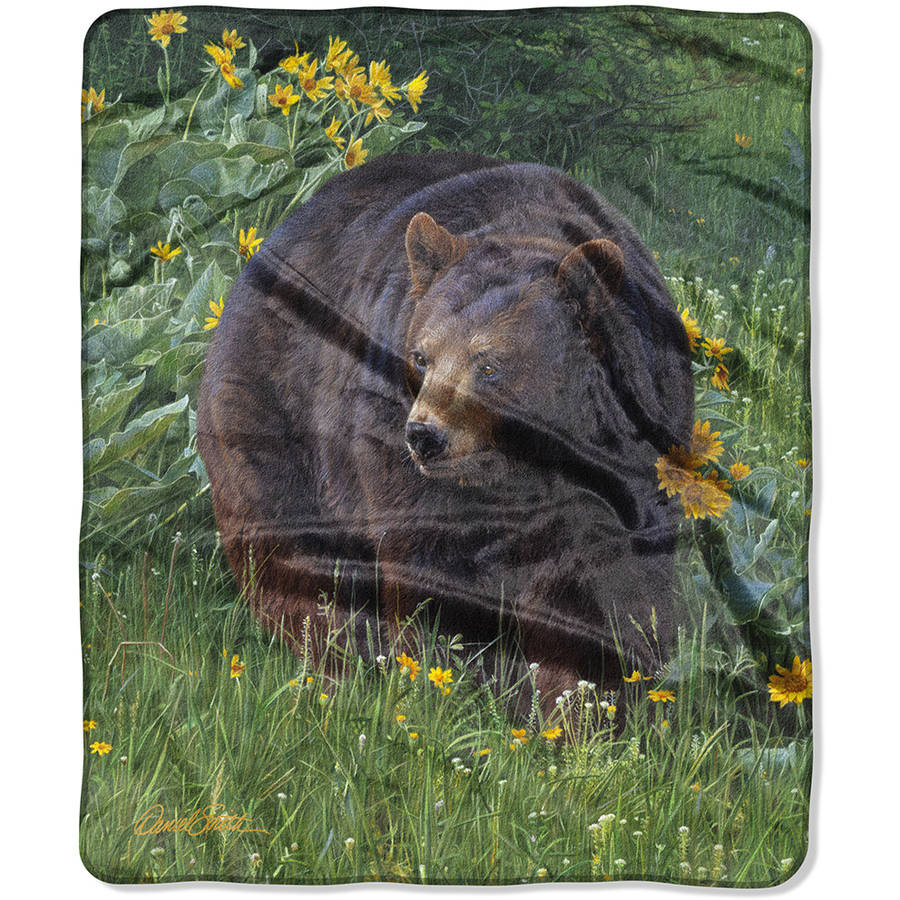 "American Heritage Collection Featuring Daniel Smith's ""Scent of Spring"" 50"" x 60"" Royal Plush Raschel Throw Blanket"
