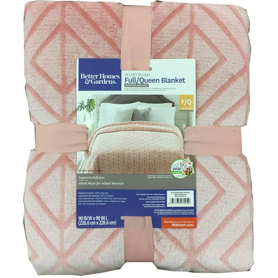 Better Homes and Gardens Velvet Plush Blanket Blush Texture