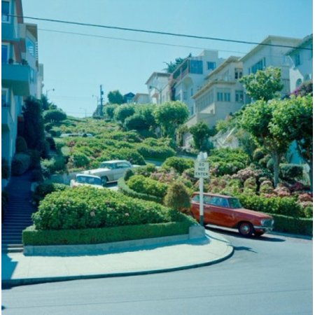 Usa California San Francisco View Toward Lumbard Street Canvas Art     24 X 36