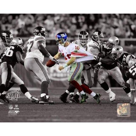 Eli Manning SuperBowl XLII Spotlight Action Photo Print