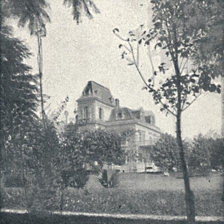 'Palacete de Da. Veridiana Prado - Casas Particulares em S. Paulo', 1895 Print Wall Art By Oscar Ernheim - Decoracion Casa De Halloween