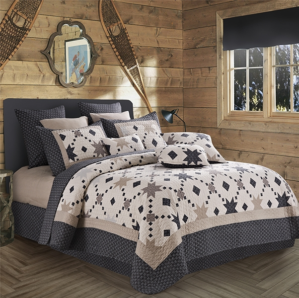 Midnight Star Cream and Black Diamond Print Quilt and Sham Set - Queen / Full Size