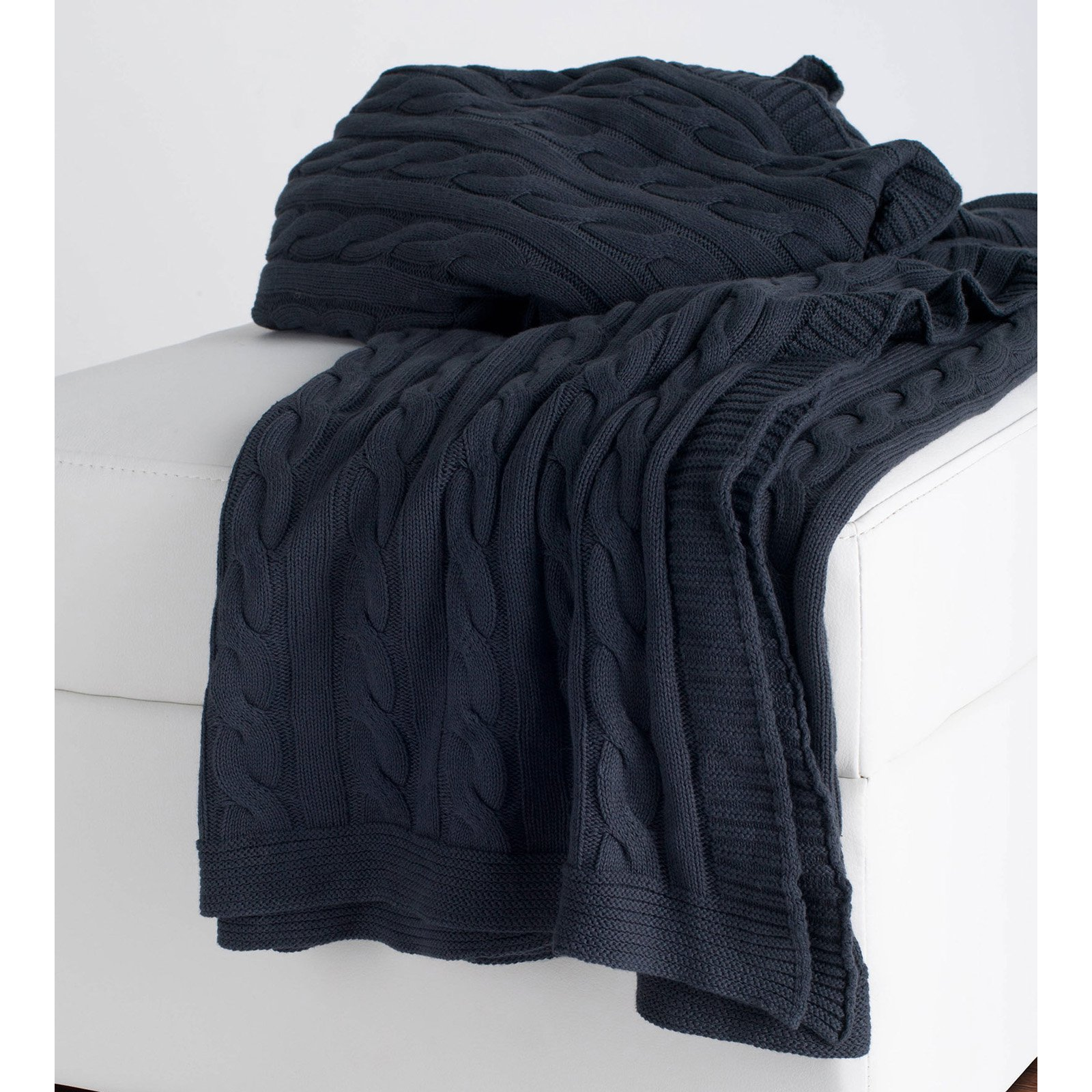 "Rizzy Home TH0155 50"" x 60"" Cable Knit Sweater Fabric Throw"